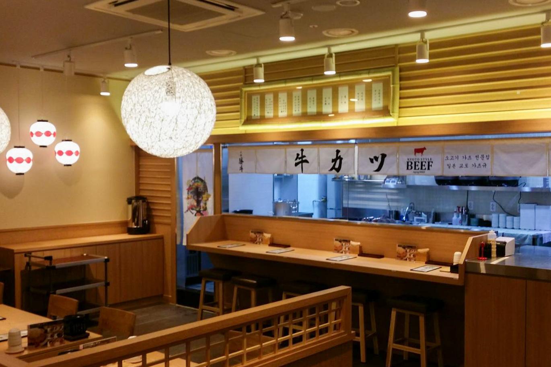 ハンティ駅店_内観2